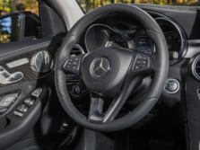 2016-Mercedes-Benz-GLC-Steering-Wheel-1500x1000.jpg