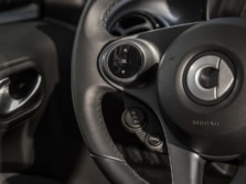 2016-Smart-fortwo-Steering-Wheel-Detail-1500x1000.jpg
