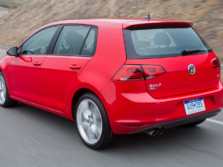 2016-Volkswagen-Golf-Rear-Quarter-3-1500x1000.jpg