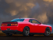 2017-Dodge-Challenger-SRT-Rear-Quarter-1500x1000.jpg