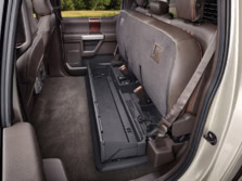 2017-Ford-F-350-Rear-Interior-2-1500x1000.jpg