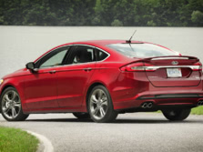 2017-Ford-Fusion-Rear-Quarter-5-1500x1000.jpg