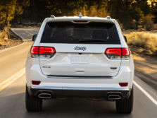 2017-Jeep-Grand-Cherokee-Rear-2-1500x1000.jpg