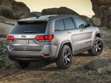 2017-Jeep-Grand-Cherokee-Rear-Quarter-4-1500x1000.jpg