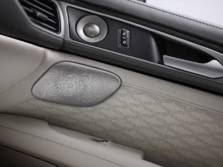 2017-Lincoln-MKZ-Interior-Detail-2-1500x1000.jpg