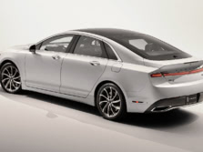 2017-Lincoln-MKZ-Rear-Quarter-1500x1000.jpg