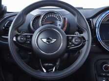 2017-MINI-Clubman-Steering-Wheel-1500x1000.jpg