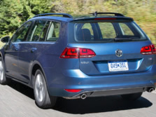 2017-Volkswagen-Golf-Wagon-Rear-Quarter-2-1500x1000.jpg