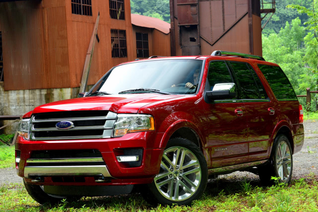 2015-Ford-Expedition-Front-Quarter-1500x1000