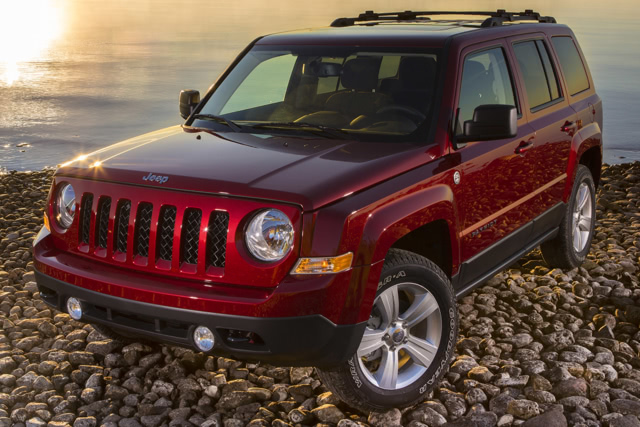 2015-Jeep-Patriot-Front-Quarter-1500x1000