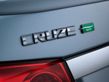 2014-Chevrolet-Cruze-Badge-2-1500x1000.jpg