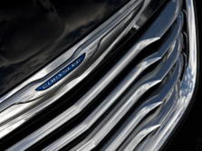 2014-Chrysler-200-Sedan-Exterior-Detail-1500x1000.jpg