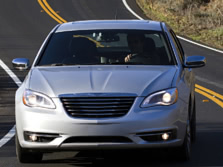 2014-Chrysler-200-Sedan-Front-3-1500x1000.jpg