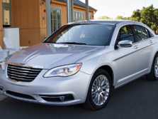 2014-Chrysler-200-Sedan-Front-Quarter-1500x1000.jpg