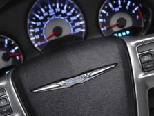 2014-Chrysler-200-Sedan-Steering-Wheel-Detail-1500x1000.jpg