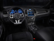2014-Chrysler-300-SRT-Dash-1500x1000.jpg