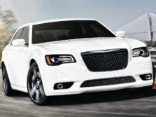 2014-Chrysler-300-SRT-Front-Quarter-4-1500x1000.jpg