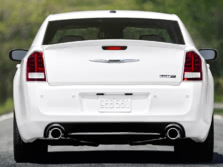 2014-Chrysler-300-SRT-Rear-1500x1000.jpg