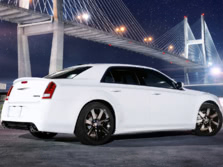 2014-Chrysler-300-SRT-Rear-Quarter-3-1500x1000.jpg