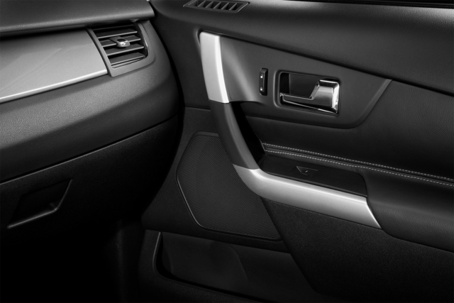 2014-Ford-Edge-Interior-Detail-1500x1000.jpg