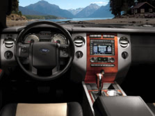 2014-Ford-Expedition-Dash-2-1500x1000.jpg