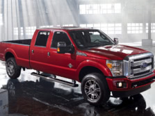 2014-Ford-F-250-Front-Quarter-4-1500x1000.jpg