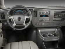 2014-GMC-Savana-Dash-1500x1000.jpg