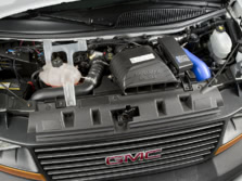 2014-GMC-Savana-Engine-1500x1000.jpg
