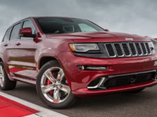 2014-Jeep-Grand-Cherokee-SRT-Front-Quarter-4-1500x1000.jpg
