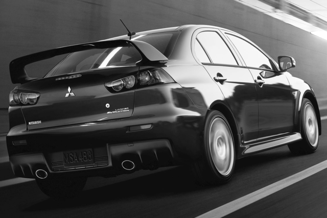 2014-Mitsubishi-Lancer-Evolution-Rear-Quarter-3-1500x1000.jpg