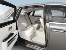 2014-Rolls-Royce-Ghost-Rear-Interior-1500x1000.jpg