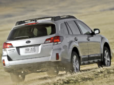 2014-Subaru-Outback-Rear-Quarter-1500x1000.jpg