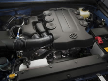 2014-Toyota-FJ-Cruiser-Engine-1500x1000.jpg