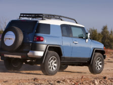 2014-Toyota-FJ-Cruiser-Rear-Quarter-1500x1000.jpg