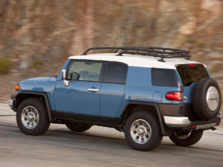 2014-Toyota-FJ-Cruiser-Rear-Quarter-4-1500x1000.jpg