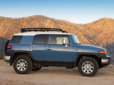 2014-Toyota-FJ-Cruiser-Side-2-1500x1000.jpg