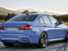 2015-BMW-M3-Rear-Quarter-3-1500x1000.jpg