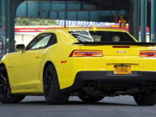 2015-Chevrolet-Camaro-Rear-Quarter-3-1500x1000.jpg