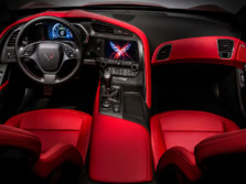 2015-Chevrolet-Corvette-Dash-1500x1000.jpg