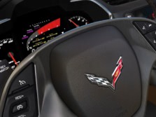 2015-Chevrolet-Corvette-Instrument-Panel-1500x1000.jpg