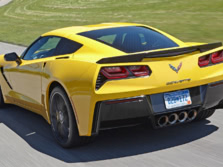 2015-Chevrolet-Corvette-Rear-Quarter-3-1500x1000.jpg