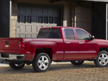 2015-Chevrolet-Silverado-1500-Rear-Quarter-1500x1000.jpg
