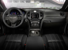 2015-Chrysler-300-Dash-2-1500x1000.jpg