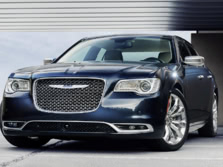 2015-Chrysler-300-Front-Quarter-1500x1000.jpg