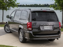 2015-Dodge-Grand-Caravan-Rear-Quarter-1500x1000.jpg