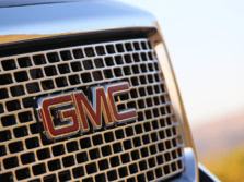 2015-GMC-Sierra-2500-Badge-1500x1000.jpg