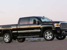 2015-GMC-Sierra-2500-Side-2-1500x1000.jpg