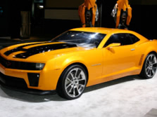 2015-Hollywood-Cars-Chevrolet-Camaro-Front-Quarter-1500x1000.jpg