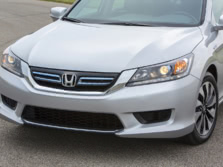 2015-Honda-Accord-Badge-4-1500x1000.jpg