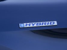2015-Honda-Accord-Badge-6-1500x1000.jpg